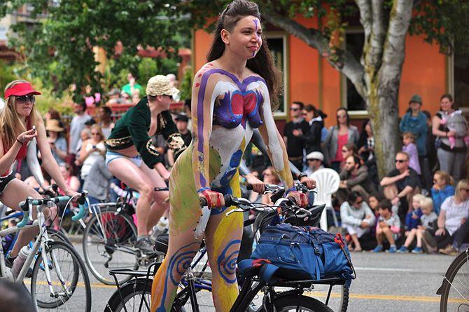 Всемирный голый велопробег