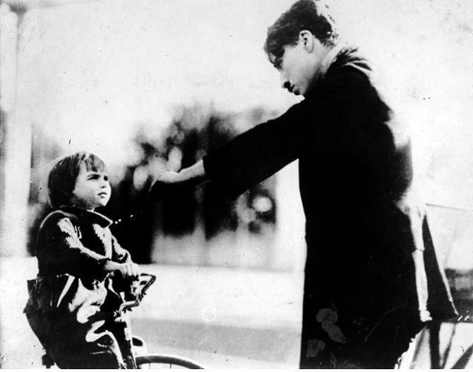 фильм Чарли Чаплина «Малыш