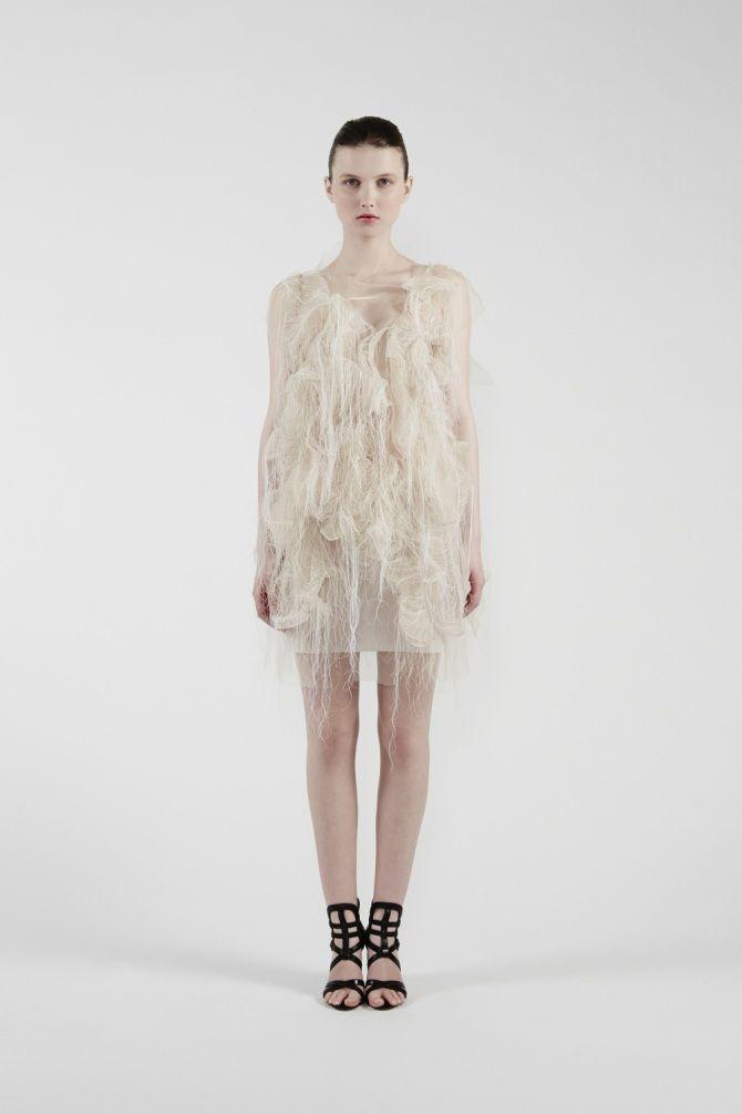 платья от канадского дизайнера Йин Гао