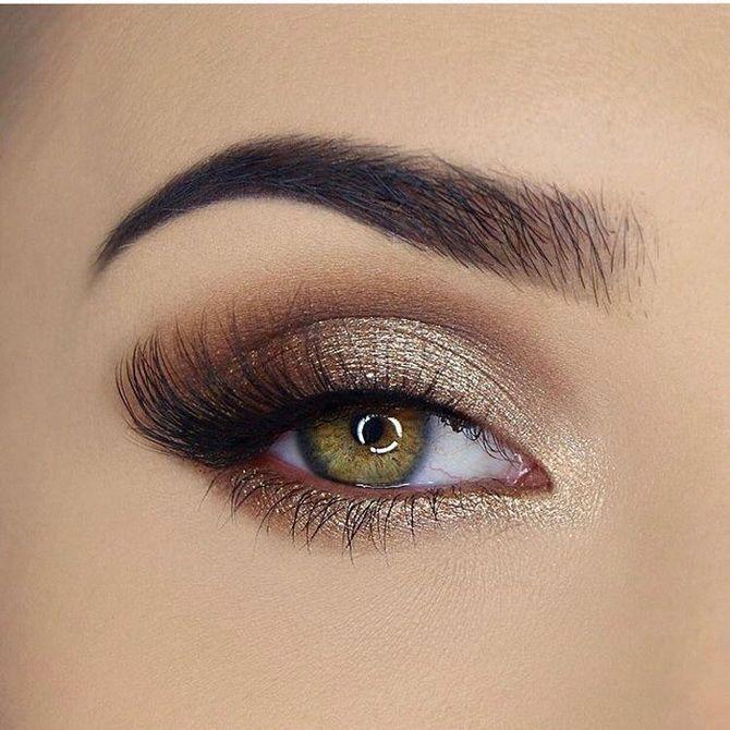 Brillantes Augen-Make-up 2020