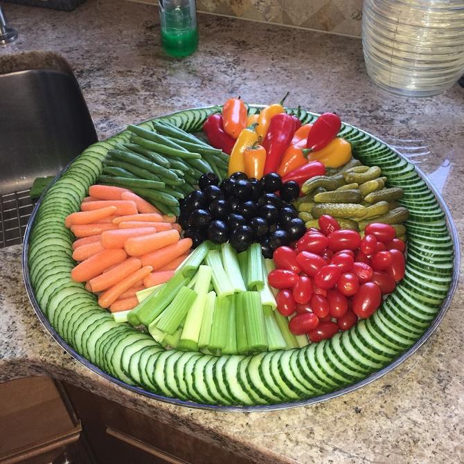 овочева нарізка на новий рік