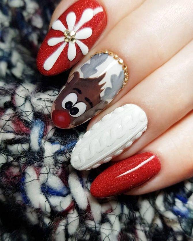червоний новорічний манікюр на мигдалеподібні нігті