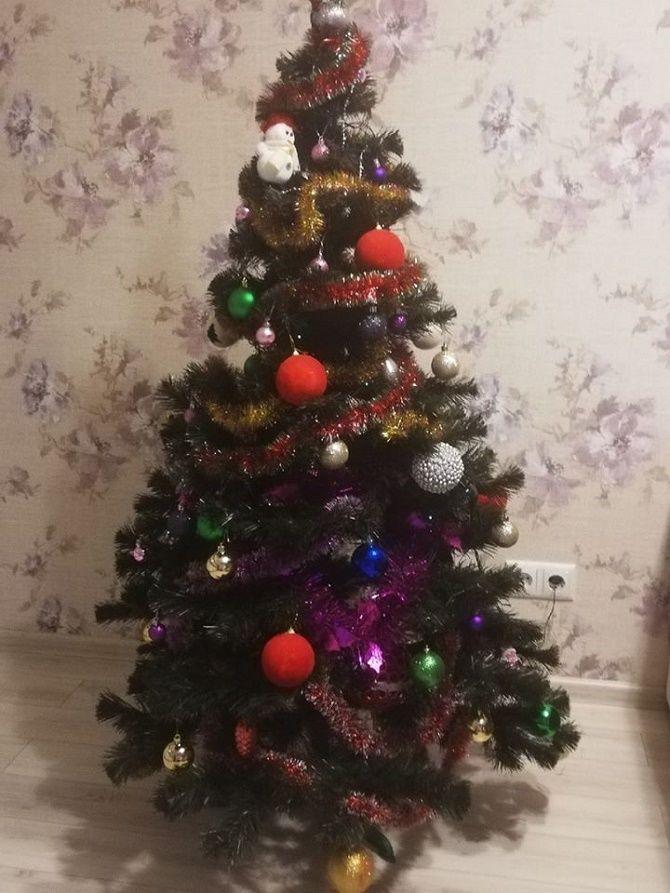 украшенная елка