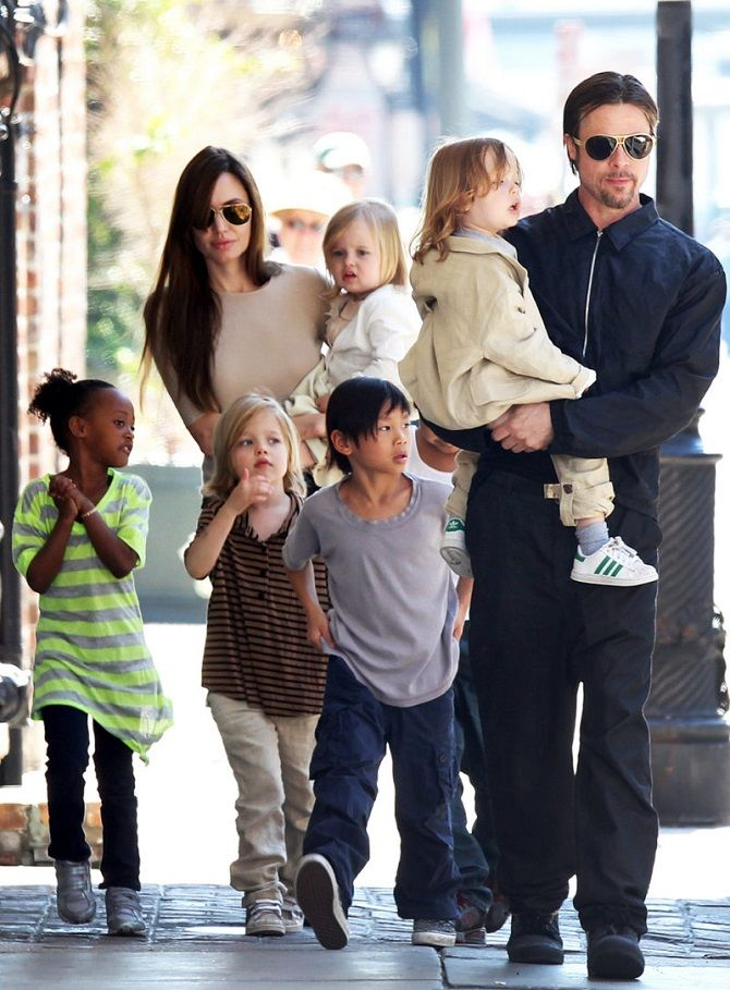 Angelina Jolie and Brad Pitt with children