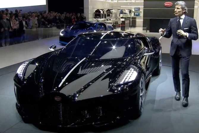 спорткар Bugatti La Voiture Noire
