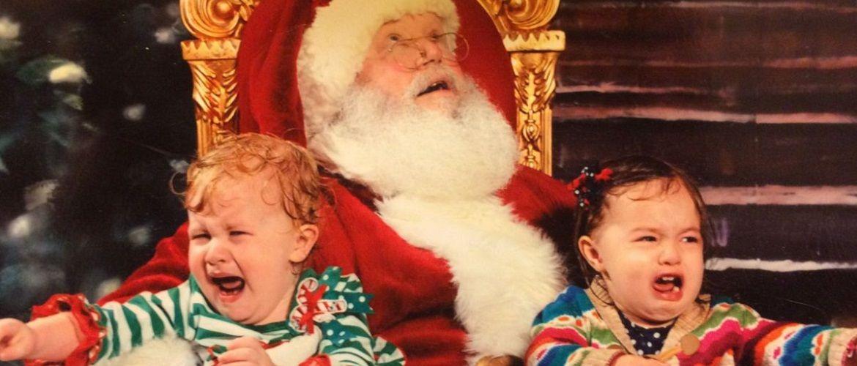 10 детей, которые очень сильно испугались Деда Мороза