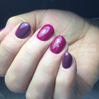 Новогодний маникюр 2021 на короткие ногти: новые варианты на любой вкус 32