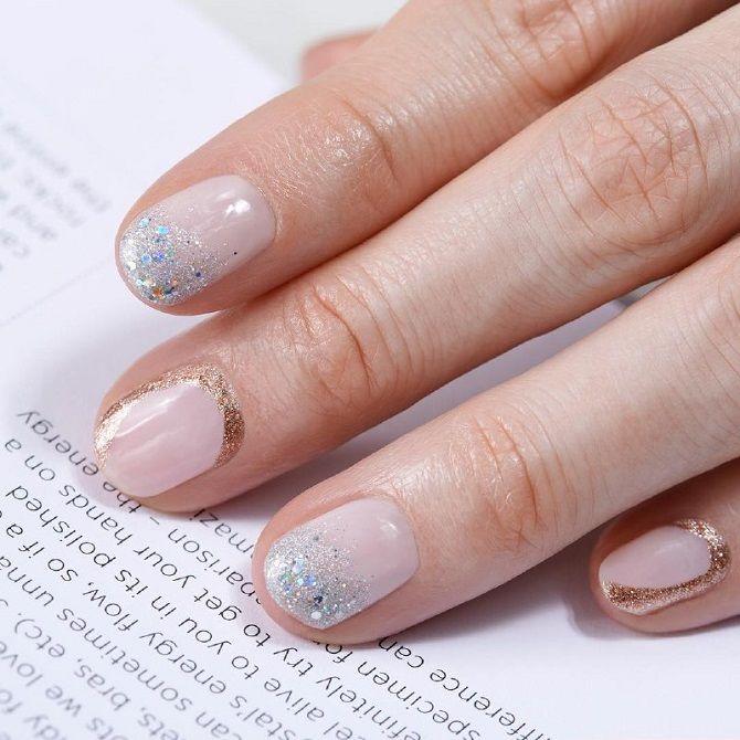 Новогодний маникюр 2021 на короткие ногти: новые варианты на любой вкус 20