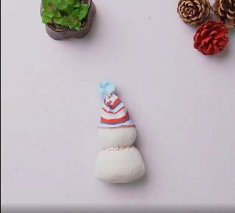 Сніговик своїми руками 2021 – прикрашаємо будинок улюбленим новорічним персонажем 8