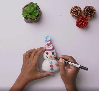 Сніговик своїми руками 2021 – прикрашаємо будинок улюбленим новорічним персонажем 9