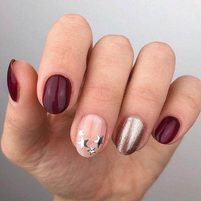 Новогодний маникюр 2021 на короткие ногти: новые варианты на любой вкус 17