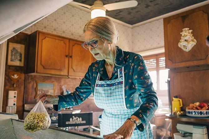 фильм Спрячь бабушку в холодильнике