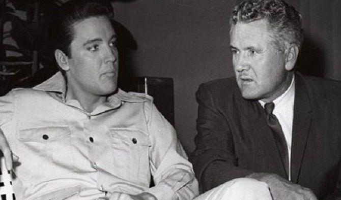 Елвіс Преслі з батьком