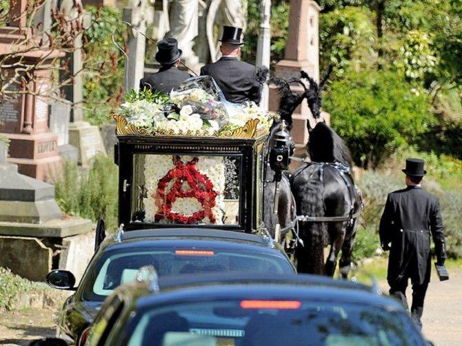 гроб Малькольм Макларен