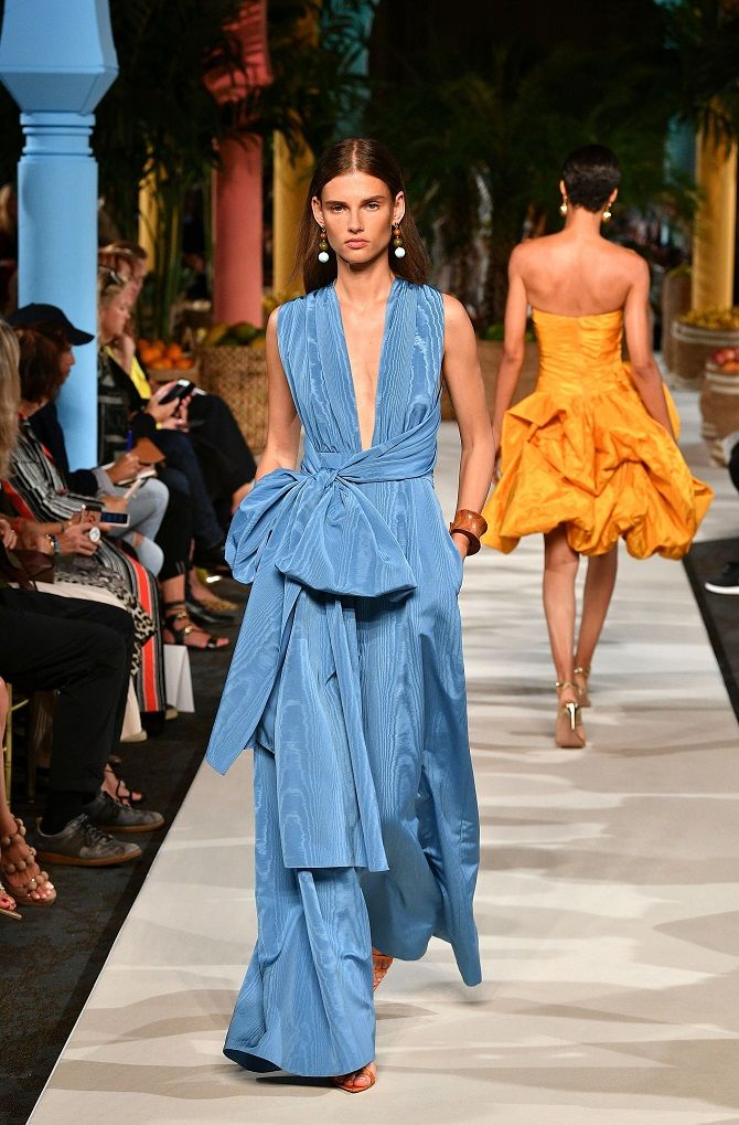 синее платье 2020