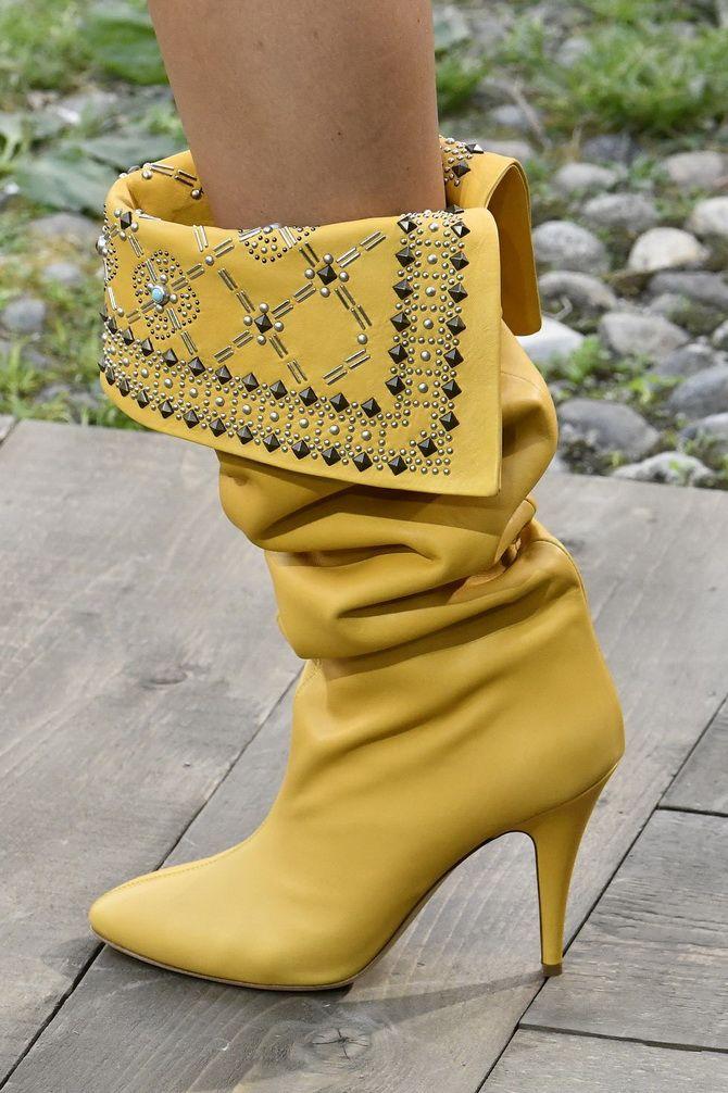 Farbige Stiefel