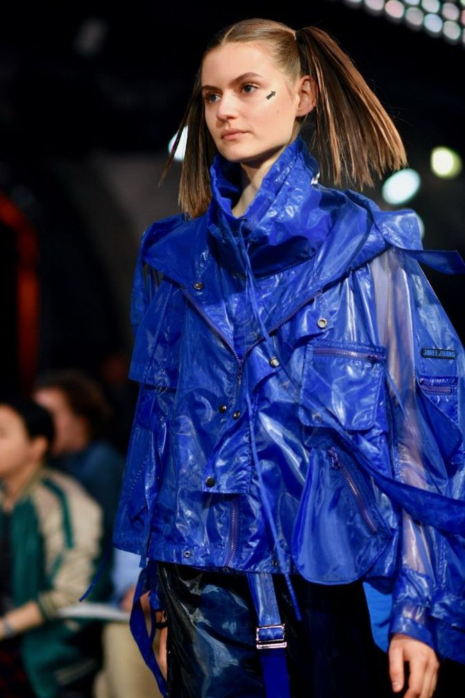 Regenmäntel und Trenchcoats