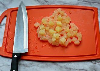 Кращі салати з ананасами: найсмачніші рецепти на кожен день 2