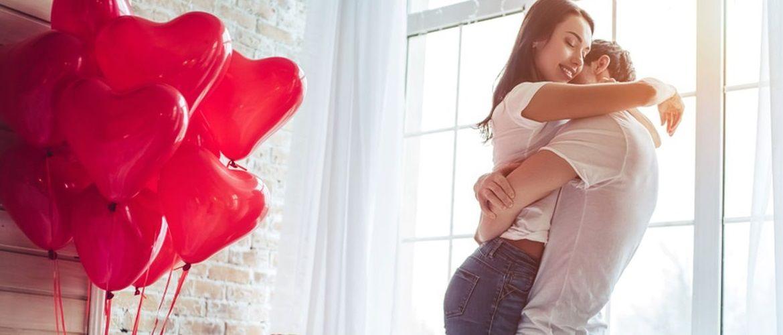 ТОП-15 романтичних ідей для подарунка на День святого Валентина 2021 для Нього та для Неї