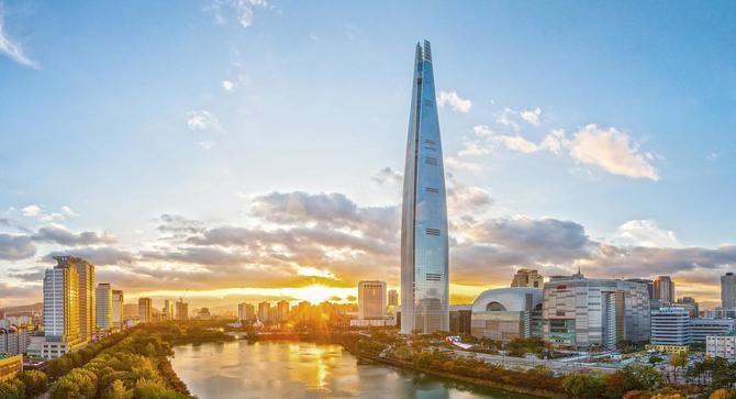 Вежа Лотте Ворлд в Сеулі