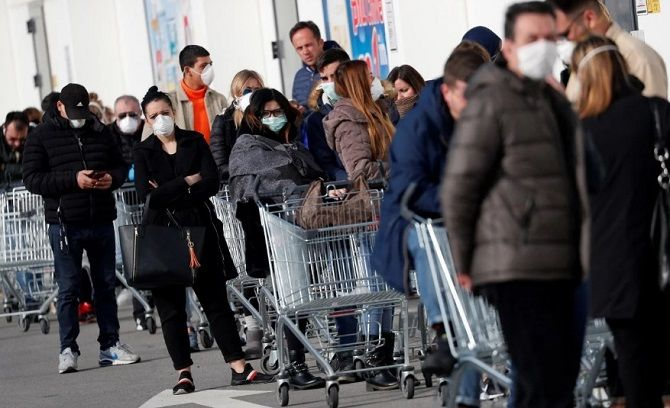 італія черги в магазинах