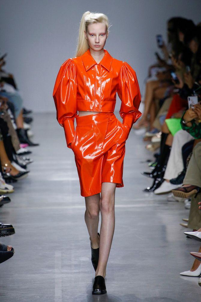 модные женские костюмы 2020