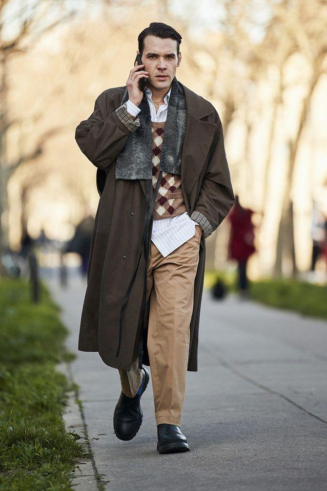 коричневое мужское пальто