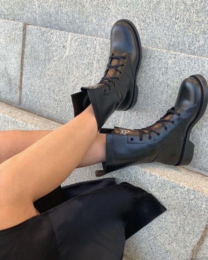 женский обувь