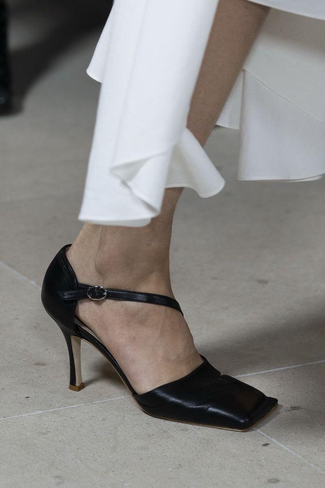 обуви с квадратным носком в 2020