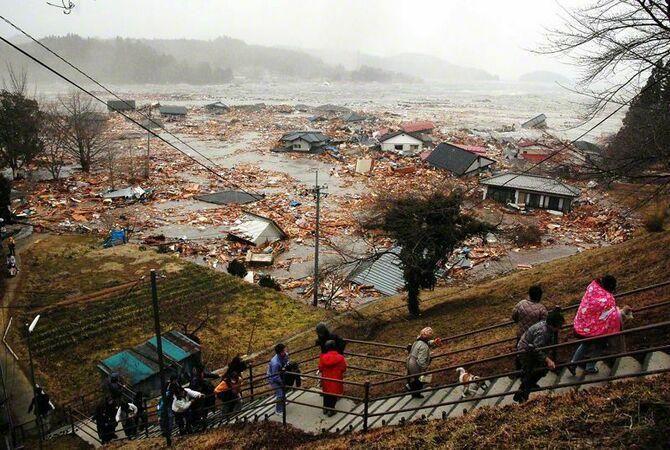 цунами японские острова