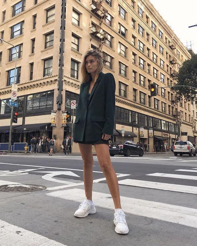 З чим носити кросівки навесні 2020 року?