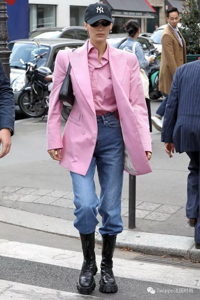 рожева сорочка белла хадід