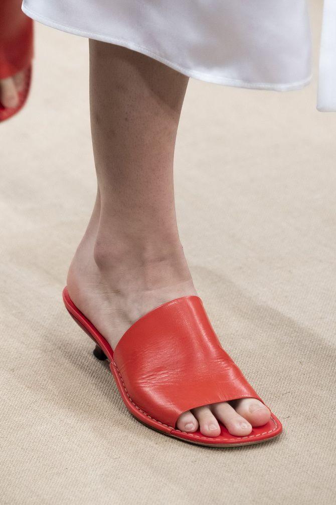 модное літнє взуття 2020