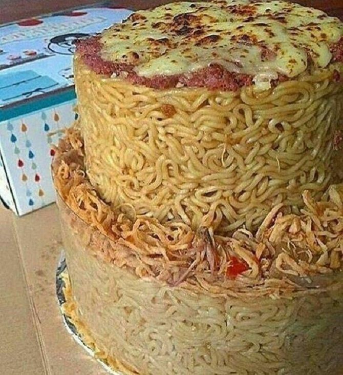 торт з локшиною