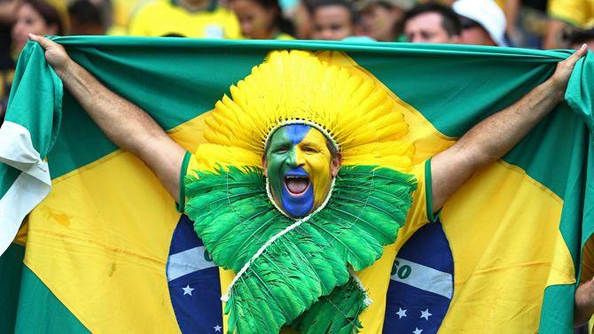 Бразилія футбол