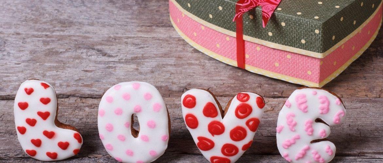 Ідеї на День закоханих 2021: оригінальні подарунки своїми руками