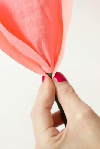 Мистецтво DIY: покрокова схема, як легко і просто зробити квіти з паперу своїми руками 12