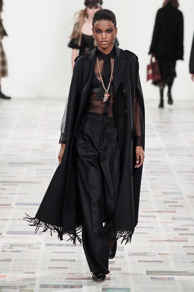 Показ коллекции осень-зима FW от Dior