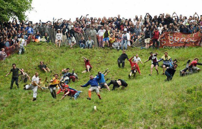 Куперсхілдська сирна гонка, Великобританія