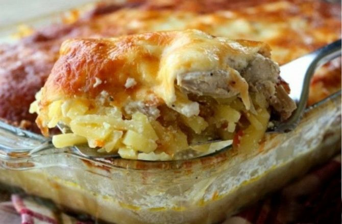 Baked hash browns with mushrooms