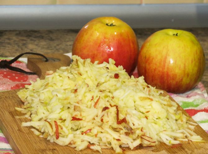 натертые яблоки