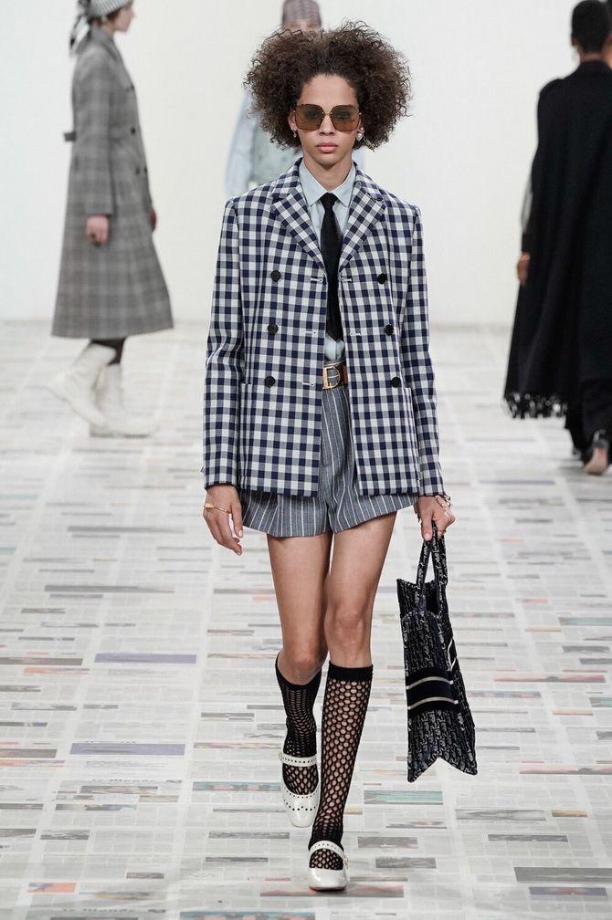Показ коллекции осень-зима FW 2020-2021 от Dior
