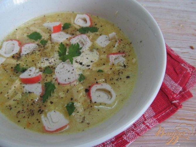 Курячий суп с крабовими палочками