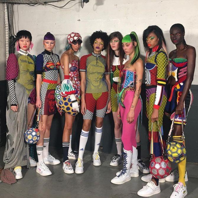 В активному ритмі: кращі моделі спортивних костюмів 2020-2021 для жінок 3