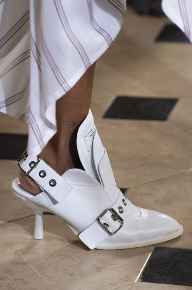 Weiße Schuhe 2020