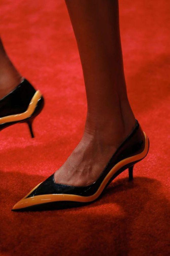туфли с острым носком