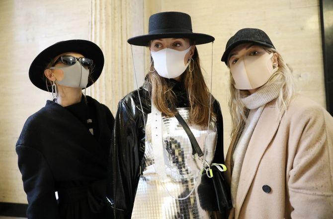 луки с защитной маской
