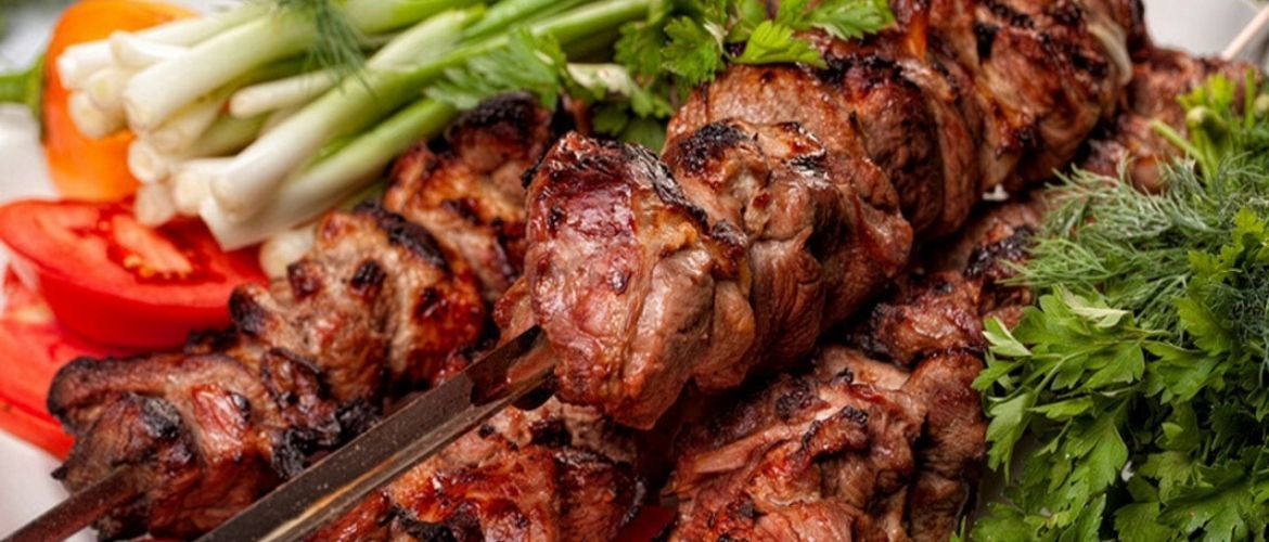 How to make shish kebab marinade. 7 best recipes for tasty and juicy meat