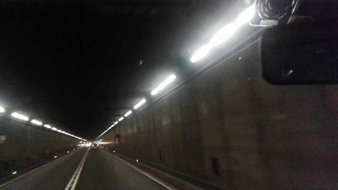 Сен-Готардский автомобильный тоннель в Швейцарии