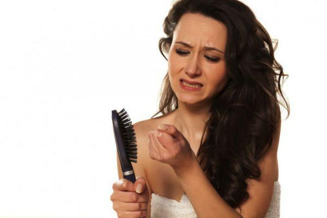 випадає волосся